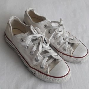 Classic Converse All Stars White Sneakers Size 6